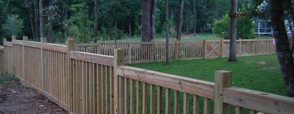 4 X 2 Picket Fence