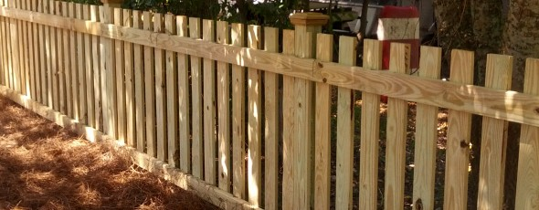Picket Fence – Extended Posts