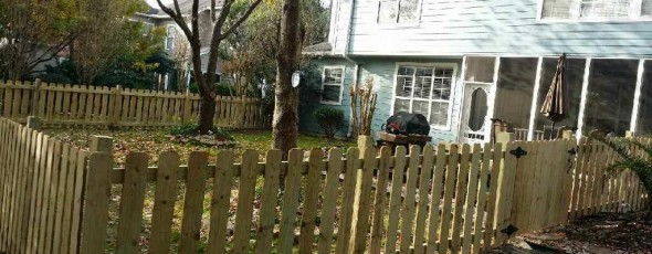 4′ Flat Top Picket Fence