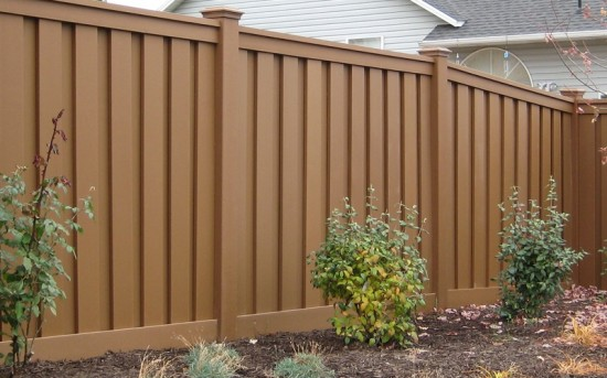 Wood Alternative Fencing – Saddle