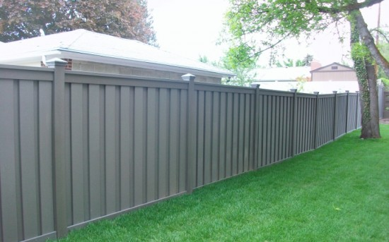 Trex Composite Fencing – Winchester Grey