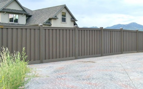 Plastic Fence Alternative – Winchester Grey