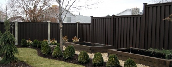 Trex Composite Fencing – Woodland Brown