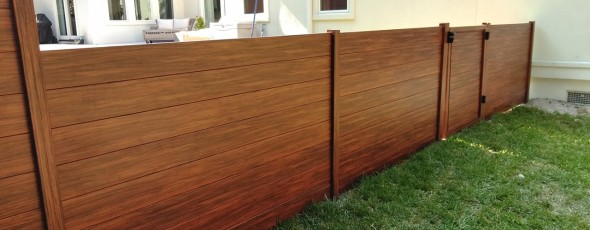 Knotwood – An Aluminum Privacy Fence