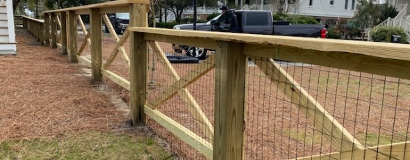 Living Fence with Crossbows