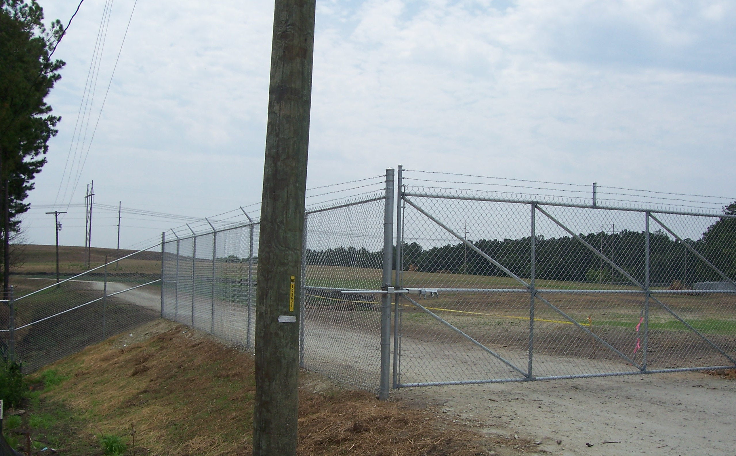 Commercial Fence Pictures | AAA Fence Charleston
