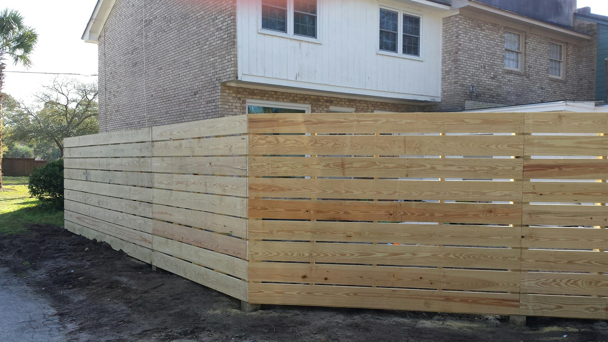residential fence pictures aaa fence charleston. Black Bedroom Furniture Sets. Home Design Ideas
