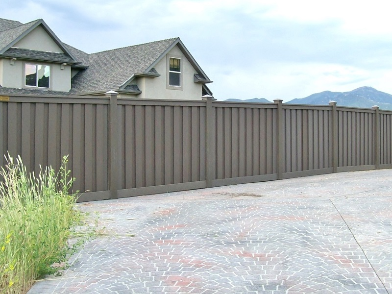 trex-fencing-winchester-grey-4