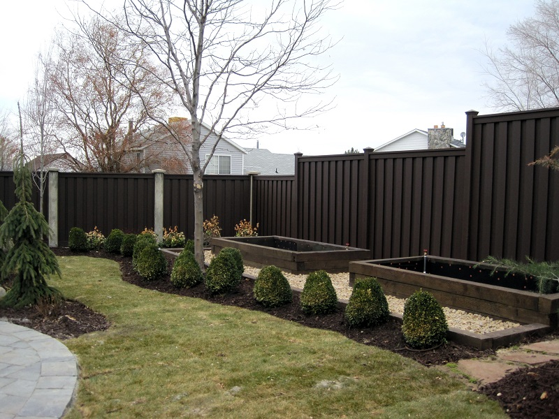 Trex Composite Fencing Woodland Brown