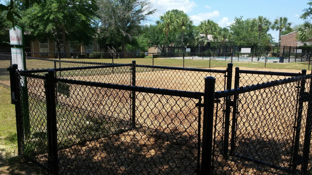 4' black chain link dog park