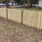 4' Pointed Picket Fence with Pointed Caps